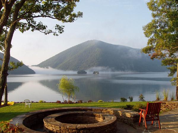 Smith Mountain Lake Virginia tourism