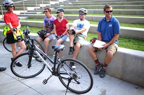 Le Tour cyclists